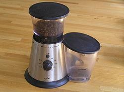 En modern elektrisk kaffekvarn